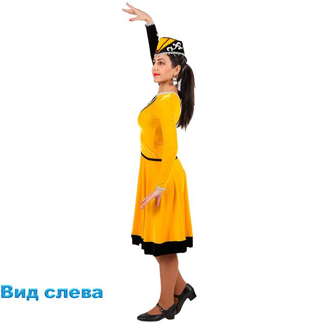 Женский танцевальный костюм Шалахо. Вид слева